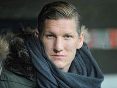 Bastian Schweinsteiger - mesmerizing!