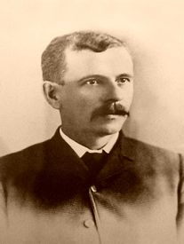 One of the primary instigators of New Mexico's Lincoln County War, James J. Dolan was born in Galway County, Ireland, on May When he was just five years old, his family immigrated to the United States. William H Bonney, Outlaw Women, Life In Usa, Old West Outlaws, New Mexico History, Old West Photos, Billy The Kids, Cowboys And Indians, Wild West