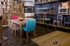 The new Pierre Cronje showroom in Johannesburg, South Africa. Fine Furniture, Showroom, South Africa, Conference Room, Flooring, Table, Home Decor, Decoration Home, Room Decor