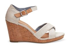 The casual crisscross straps and cork wedge make the Sienna Wedge a laid-back favorite, while the heel elevates the style just a touch.