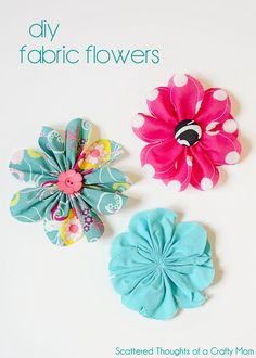 These cute 5 inch fabric flowers are so easy to make and are a perfect embellishment for so many types of projects! #fabricflowers