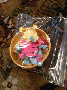 Toddler busy bags - frog jumpers