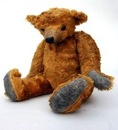 Early Humped Back Teddy Bear » Circa 1910-1925