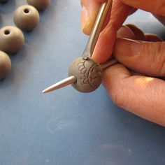 """Carved"" polymer bead tutorial...looks like impressed porcelain."