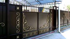 Modern Main Gate Designs, House Main Gates Design, Wooden Main Door Design, Front Gate Design, Best Modern House Design, Door Gate Design, House Front Design, Building A Gate, Metal Garden Gates