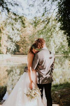Hanna & Timo: Kirchenromantik und Vintage-Eleganz ALINA SCHESSLER http://www.hochzeitswahn.de/inspirationen/hanna-timo-kirchenromantik-und-vintage-eleganz/ #wedding #vintage #inspiration
