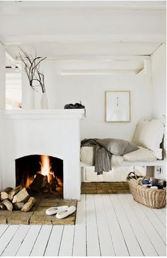 I want to snuggle in here in January with my knitting and books (ok, hubs and babe can come snuggle too) and not leave until mid-March.