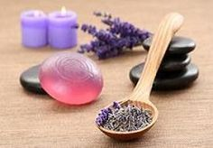 Melt & Pour - 8 Glycerin Soap Recipes: Lavender; Beeswax; Shea Butter; Rose; Sweet Orange; Goat Milk; Multi-Layered; Liquid