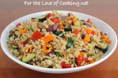 Brown Rice w/ Grilled (or Roasted/Sauteed) Vegetables: red onion, bell pepper, mushroom, zucchini, pepper *reduce/omit sea salt & soy sauce for healthiest results Vegetarian Cooking, Vegetarian Recipes, Healthy Recipes, What's Cooking, Grilled Vegetables, Rice Dishes, Main Dishes, Rice Recipes, Main Meals