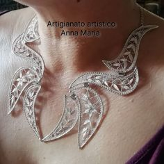 Anna Marias, Hand Tattoos, Brooch, Lace, Beautiful, Jewelry, Pictures, Bobbin Lacemaking, Henna Hands