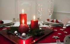 nille: Vi pynter julebord for BA! Table Decorations, Christmas, Furniture, Home Decor, Google, Xmas, Decoration Home, Room Decor, Weihnachten