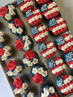 44 Patriotic Fourth of July Cupcakes Art 038 Home 44 Patriotic Fourth of July Cupcakes Art 038 Home Art 038 Home artandhomenet Cooking 038 Kitchen American Flag Cupcakes nbsp hellip Cupcake ideas 4th July Cupcakes, Patriotic Cupcakes, Fourth Of July Cakes, 4th Of July Desserts, Fourth Of July Food, Patriotic Party, Cute Cupcakes, 4th Of July Party, July 4th
