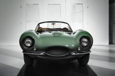 "carsthatnevermadeitetc: "" Jaguar XKSS, 2017 The first of a series of 9 ""new"" XKSS cars has been presented at the Petersen Museum in Los Angeles. The XKSS was originally made by Jaguar as a. Jaguar Type E, New Jaguar, Jaguar Xk, Jaguar Land Rover, Supercars, Carros Jaguar, Formation Marketing, Automobile, Best Classic Cars"