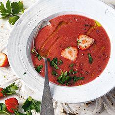 Gazpacho mit Erdbeeren Rezept   Küchengötter