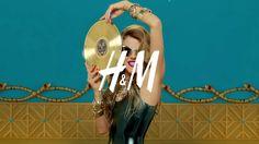 H&M 'Fashion Shower ft Anna Dello Russo' H&m Collaboration, H&m Fashion, Anna Dello Russo, Art Director, Russia, Production Company, Stars, Video, Clutter