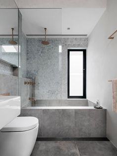 "Rethinking the Shower Niche (& Why I Think The Ledge Is ""Nex.- Emily Henderson Bathrooms Shower Niche Source by gunsnfroses - House, House Bathroom, Bathroom Interior Design, Home, Shower Niche, Stylish Bedroom Design, Bathroom Renovations, Dressing Room Design, Bathrooms Remodel"