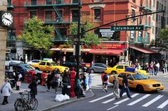 Hidden gems in the boroughs of NYC   Magic in Manhattan, buzzing in Brooklyn, quintessential in Queens, bubbling in the Bronx and serenity on Staten Island; life and its ambiance assume very different styles in New York City.