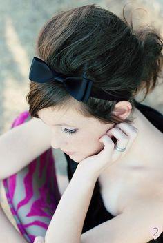 10 Bridal Hair Bows You'll Love Black Hair Bows, Black Headband, Hair Ribbons, Bride Hair Accessories, Princess Hairstyles, Love Hair, Hair Today, Hair Dos, Pretty Hairstyles