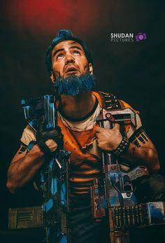 Le cosplayeur Ico Art' en Salvador de Borderlands 2   Découvrez sa page => https://www.facebook.com/Ico.Art.fr  Photographe : Anthony Gomez (https://www.facebook.com/AntonyGomesPhotographe)