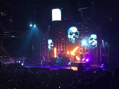 Amazing Panic! At The Disco Joined By U0027Stranger Thingsu0027 Star During MSG Show   Rock  Hub   Pinterest   Discos, Strange Things And Madison Square Garden Design
