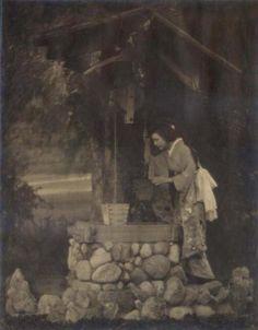 """dame-de-pique: """"  Woman in Kimono at the Well, 1920s """""""