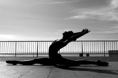 #black-and-white #inspo #healty #workout #train #goal #wish #inspiration #exercise #happy #girl
