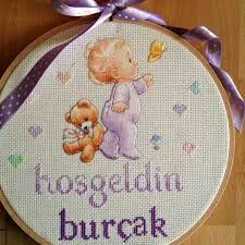 This Pin was discovered by Joa Cross Stitch Baby, Personalized Baby, Embroidery Stitches, Coin Purse, Old Things, Prints, Handmade, Mavis, Google