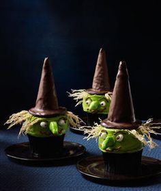 Halloween party food: Witch Cupcakes