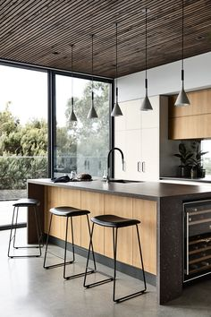 This industrial style benchtop features Laminex Sublime Teak front paneling and Essastone Bitumen benchtop. Visit our website to order free samples of the featured décors. Luxury Kitchen Design, Kitchen Room Design, Kitchen Layout, Home Decor Kitchen, Interior Design Kitchen, Kitchen Furniture, Home Kitchens, Diy Kitchen, Kitchen Ideas