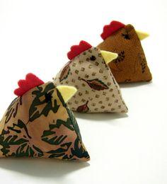 petites poules en tissu