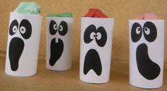 I fantasmini con rotoli di carta