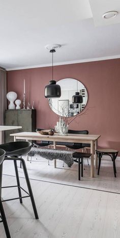 Design ideas for a pink and black living room - Design ideas for a pink and bla. - Design ideas for a pink and black living room – Design ideas for a pink and black living room # - Interior Design Living Room, Living Room Designs, Living Room Decor, Mauve Living Room, Pink Dining Rooms, Photo Deco, Pink Walls, Pink Kitchen Walls, Mauve Walls
