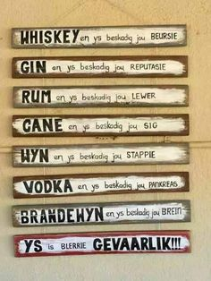 Ys is gevaarlik! Sign Quotes, Wall Quotes, Qoutes, Funny Quotes, Diy Wood Books, Diy Pallet Wall, Afrikaanse Quotes, Birthday Wishes Quotes, Diy Wall Art