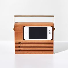 Radio iPhone Dock | Unison