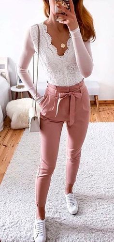 Lovely Summer Outfits To Stand Out From The Crowd pink candy pants Date Outfits, Spring Outfits, Cool Outfits, Casual Outfits, Beautiful Outfits, Date Outfit Summer, Girly Outfits, Casual Pants, Birthday Outfit