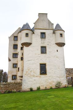 Stay in your own private Castle in Edinburgh, Scotland — Fa'side Castle. Tips for Traveling to Scotland. www.kevinandamanda.com