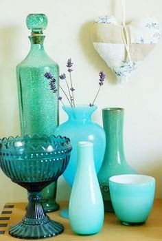 Turquoise vases- love this color Vert Turquoise, Shades Of Turquoise, Aqua Blue, Shades Of Blue, Turquoise Glass, Turquoise Bathroom, Coral, Bottle Vase, Bottles And Jars