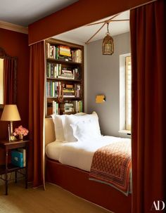Home library decor tiny house 15 Ideas Home Bedroom, Bedroom Decor, Bedroom Ideas, Library Bedroom, Bedroom Curtains, Bed Ideas, Beds For Small Spaces, Bed Nook, London Townhouse