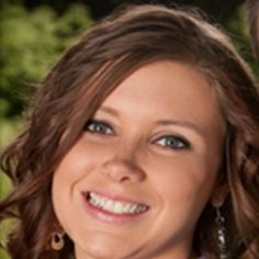 Anna Duggar remains strong & committed while homeschooling her children
