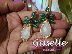 Aretes de cristal gota blanco y detalles de cristal verde tecnica de #alambrismo