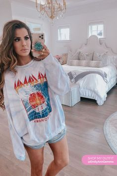Def Leppard Pyromania Tie-Dye Crew Neck Sweatshirt. A cute idea to style oversized sweatshirts this Spring 2020. Stay-at-home outfits. Emily Gemma, The Sweetest Thing Blog #EmilyGemma #theSweetestThingBlog #Loungewear