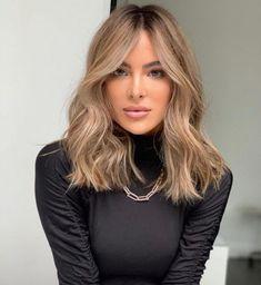 Brown Hair Balayage, Brown Blonde Hair, Hair Highlights, Black Hair, Medium Blonde Hair Color, Beige Hair Color, Bronde Hair, Shades Of Blonde Hair, Lightest Brown Hair Color
