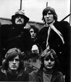 1968 Jan, 'Five Man Floyd' photo shoot (only shoot to include Syd & David Gilmour)