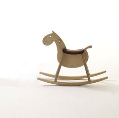 rocking chair Wood Rocking Horse, Wooden Horse, Furniture Projects, Kids Furniture, Modern Kids Toys, Wood Toys, Kid Spaces, Coloring For Kids, Wood Design