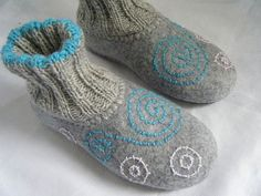 Items similar to felted home slippers, HANDMADE TO ORDER  grey wool warm on Etsy
