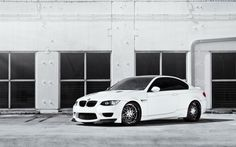 BMW M3 wallpapers and images - wallpapers, pictures, photos