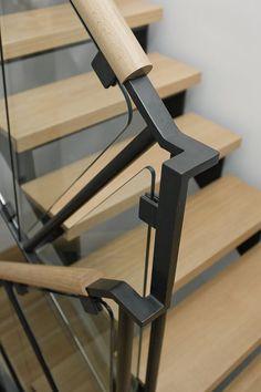 Steel, glass, and oak handrail. Interesting way to add warm wood to a steel handrail Oak Handrail, Staircase Railings, Staircase Design, Stairways, Stair Design, Banisters, Glass Stair Railing, Handrail Ideas, Steel Railing Design