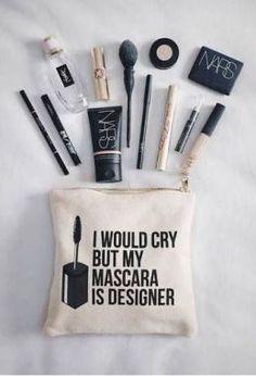 i love this makeup bag!