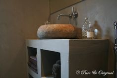 http-%3A%3Awww.pure-original.nl+casa+el+campo.jpg 650×433 pixel beatiful colours, personally I'd change the sink