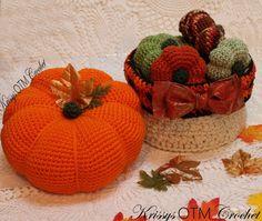 A Lovely Big Pumpkin! - Krissys Over The Mountain Crochet Crochet Pumpkin Pattern, Halloween Crochet Patterns, Crochet Patterns Amigurumi, Crochet Fall, Holiday Crochet, Easy Crochet, Crochet Poncho, Free Crochet, Halloween Toys